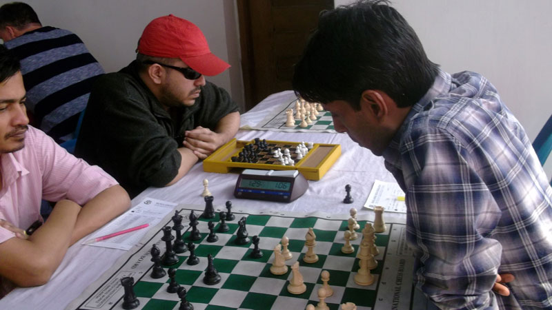 4th-Round-of-Shahid-Sheikh-Moni-Memorial-International-Rating-Chess-Tournament-2015-2