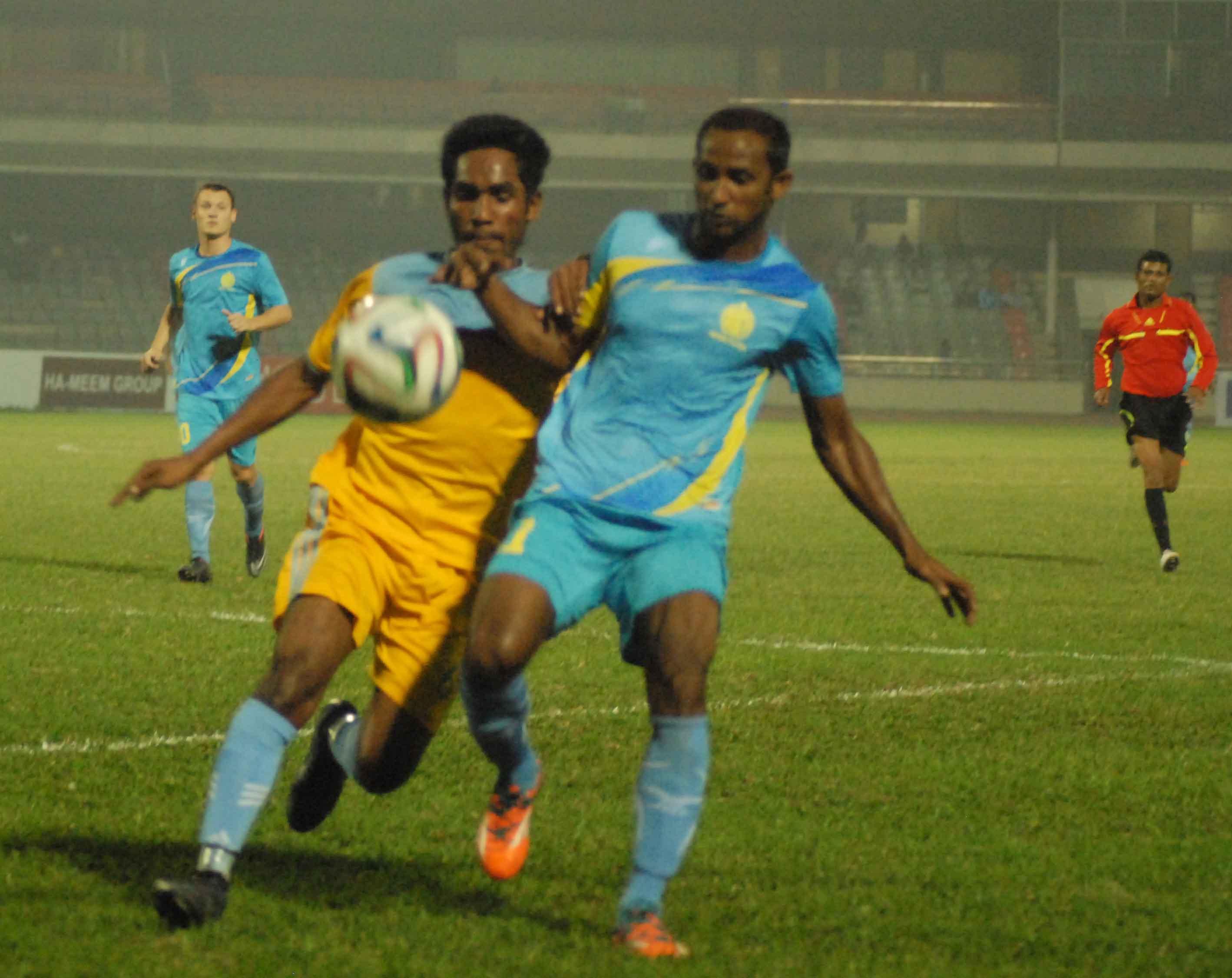 Abahani (blue) Vs  Ctg Abahani(Yellow) 7