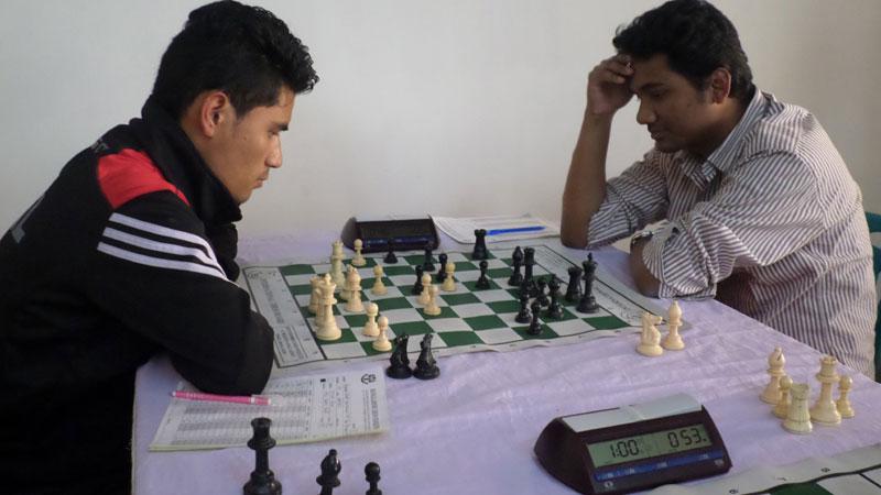 sk-moni-chess-(16